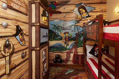 Pirate Ship Bedroom pirate bedrooms pirate bedroom for boys