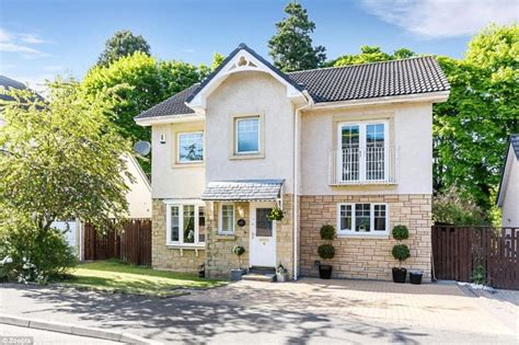how to buy a house uk the 10 most popular properties in the uk have this one
