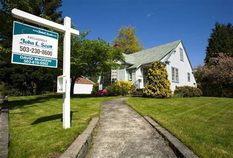 shiller portland u s home prices fall slightly in
