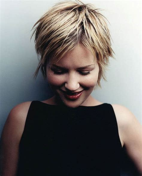 short hairstyles for women of 62 25 best ideas about shaggy bob hairstyles on pinterest