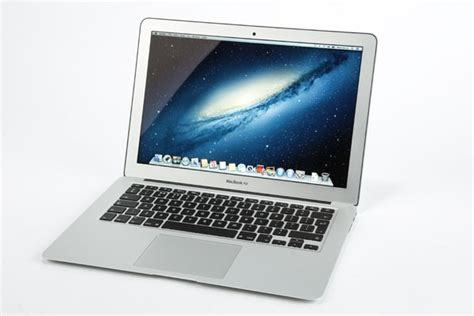 macbook air common screen and audio problems youtube macbook air 13 inch 2014 review trusted reviews