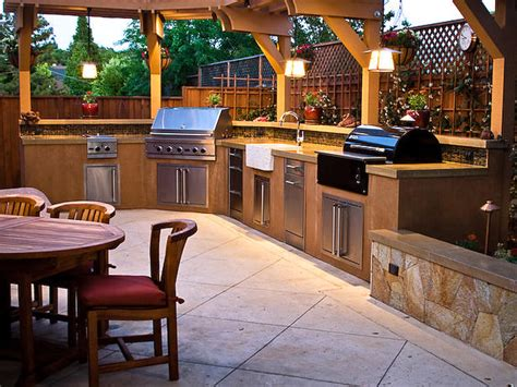 outdoor kitchen contractor cutting edge landscape outdoor kitchen contractor eugene