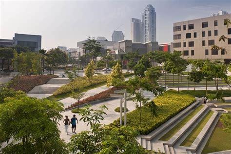 bonifacio global city retail center makati city