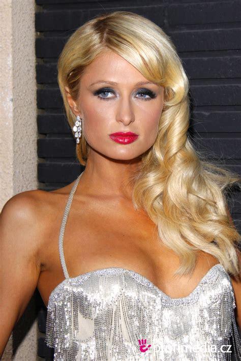 Friseur Top Hair Paris Hilton Frisur Zum Ausprobieren In Efrisuren