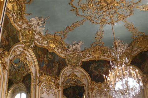 Western Chandelier The Rococo A Beginner S Guide To Art And Architecture