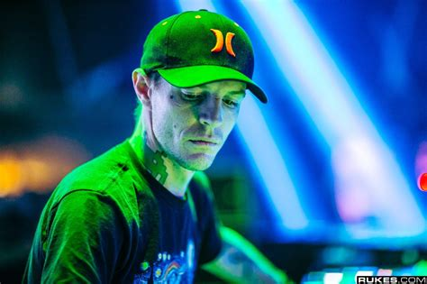 deadmau5 finally debuts brand new stage design at veld