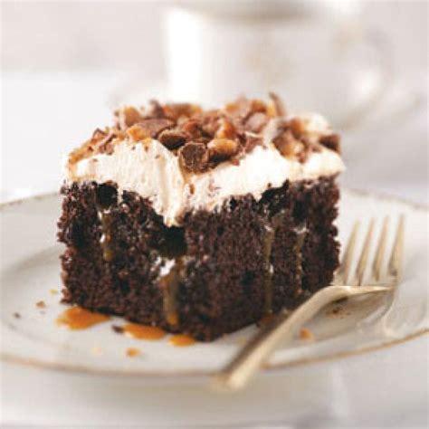 toffee cake recipe toffee poke cake recipe just a pinch recipes
