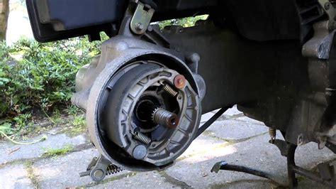 Motorrad Drossel Ausbauen Kosten by Hinterradbremse Am 4 Takter