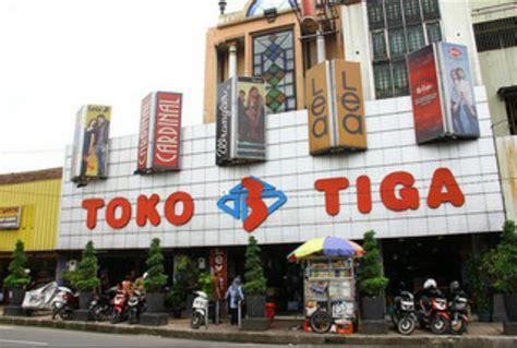 Toko Tiga Nurul Hidayah Zaini Bandung Indonesia Toko Tiga