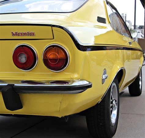 Auto Logo Gelb by Kostenlose Foto Retro Alt Fahrzeug Nostalgie Gelb