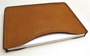 saddleback leather company macbook laptop sleeve review