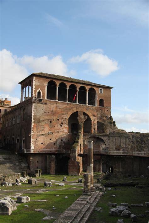 casa dei cavalieri di rodi casa dei cavalieri di rodi in rome itali 235 reizen