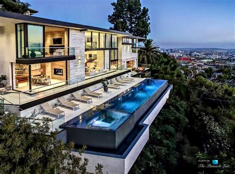 15 4 million luxury residence 8927 st ives drive los
