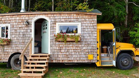 autobus casas insolite vivre dans un autobus jaune immobilier casa