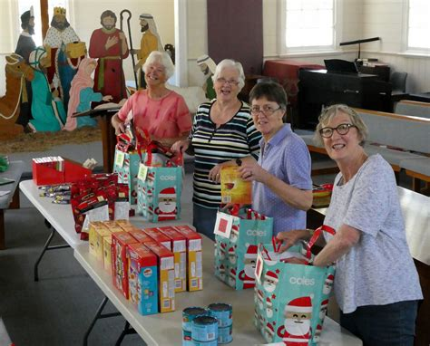 loaves and fishes food pantry 2017 loaves and fishes food pantry christmas hers