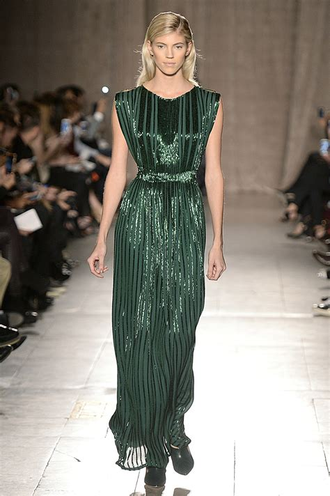 Catwalk To Carpet Beyonce Knowles In Zac Posen by Zac Posen Fall 2015 The Fall 15 Gowns That Should Walk