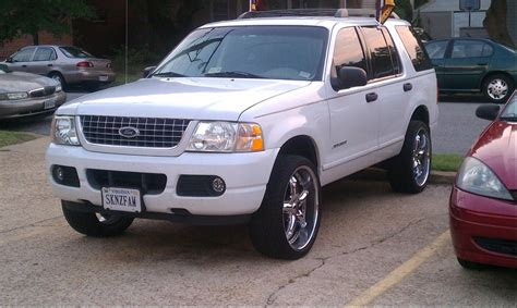 how to learn about cars 2005 ford explorer parental controls 7citiezva 2005 ford explorerxls sport utility 4d specs photos modification info at cardomain