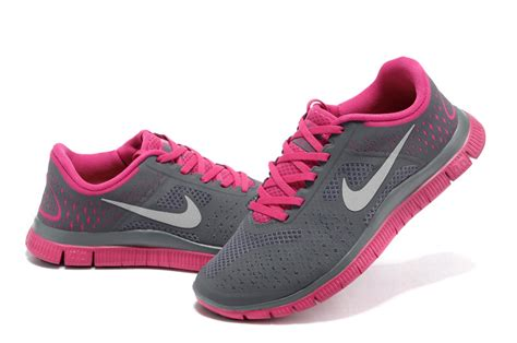 Nike Flyknit Racer 2 0 Soft Pink White nike and gray running shoes lib value