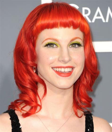 red hair uk singer grammy celebrities sport unusual hairstyles at 2011 grammy awards