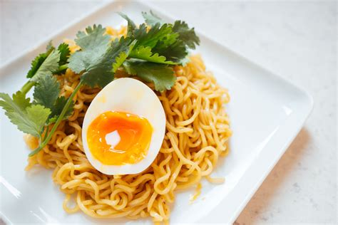 5 eggstremely easy cheap quick soft boiled egg dishes