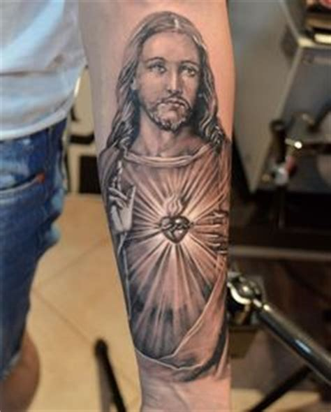 tattoo maria und jesus tatuagem de jesus cristo no braco desenhos de tattoos