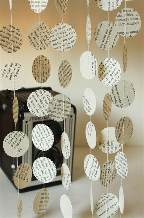 25  best ideas about Book Decorations on Pinterest   Book