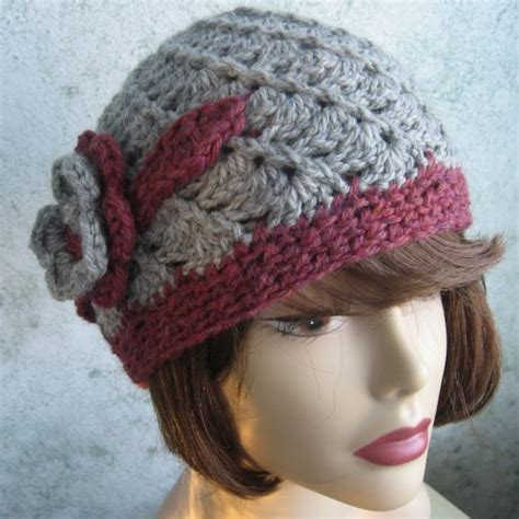 crochet pattern womens hat pattern with spiral rib and