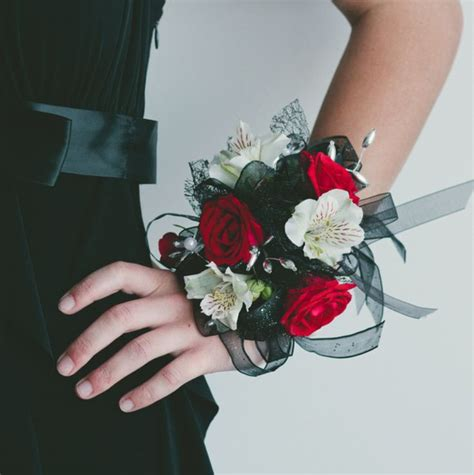 corsage colors the 25 best prom corsage ideas on prom
