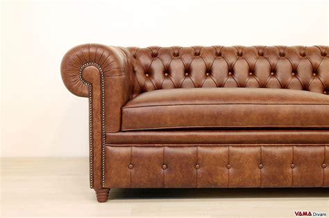 divani grandi dimensioni divano chesterfield profondo di grandi dimensioni in pelle
