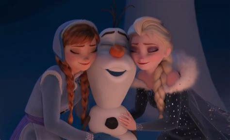 film coco awalnya frozen new frozen holiday short to premiere in front of pixar s