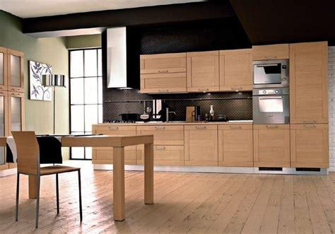cuisine am駭ag馥 chene clair cuisine modele baltique chene clair classique mobilier