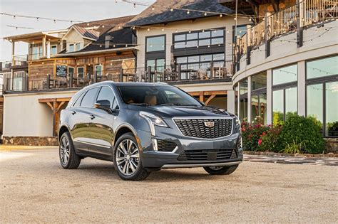 when will the 2020 cadillac xt5 be available 2020 cadillac xt5 caddy s best seller gets a whole lotta