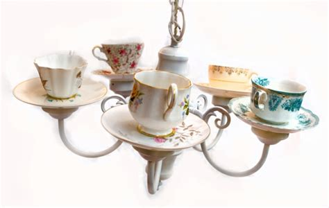 kronleuchter zum hinstellen teetassen neu verwenden 30 originelle bastelideen f 252 r sie
