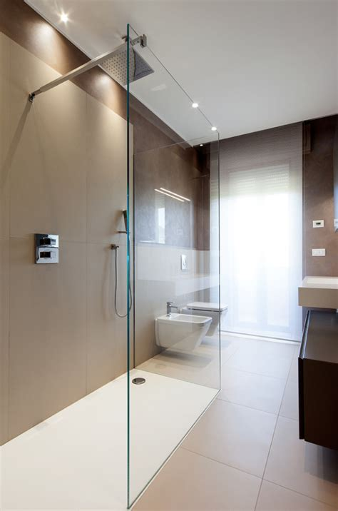 piastrelle bagno marrone 100 idee bagni moderni da sogno colori idee piastrelle