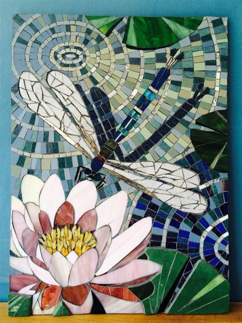 mosaic lily pattern dragonfly on lily by sophie robins mosaics mosaics 4