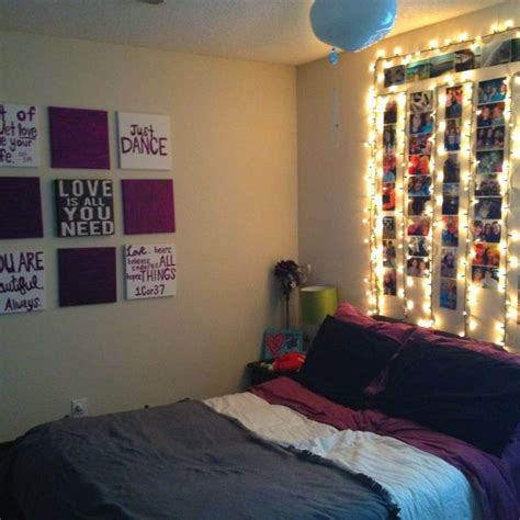 bedroom ideas for college girl best 25 christmas lights bedroom ideas on pinterest