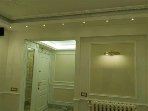 stucchi per interni stucchi decorativi decorazioni classiche per le tue pareti