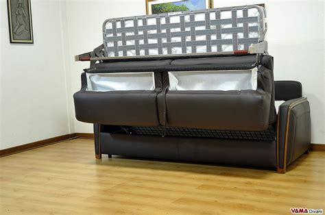 divani letti matrimoniali divano letto matrimoniale moderno in pelle