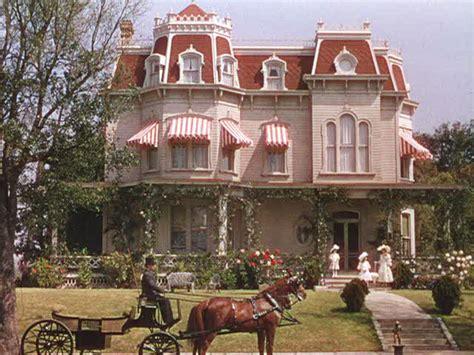 home design alternatives st louis quot meet me in st louis quot the victorian on kensington avenue