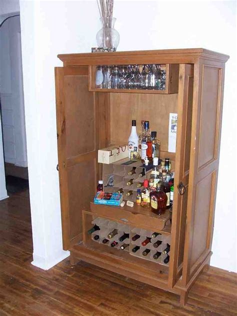 Liquor Cabinet With Lock by Best 20 Locking Liquor Cabinet Ideas On