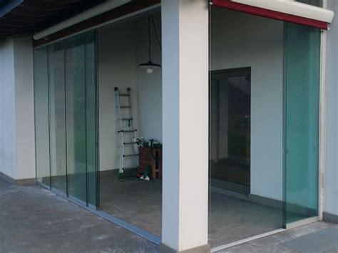 chiusure in vetro per terrazzi chiusure per esterni per verande terrazzi balconi