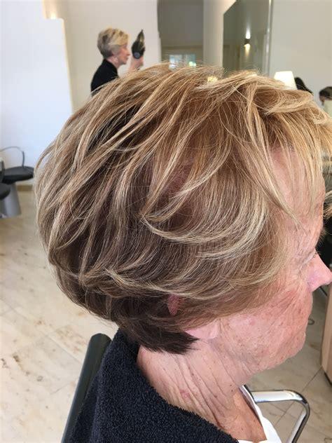 kort bruin haar met blonde highlights   bruin haar