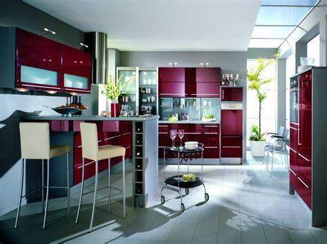 burgundy kitchen kitchen colour schemes 10 ideas cozinha de cor de granito fotos e imagens