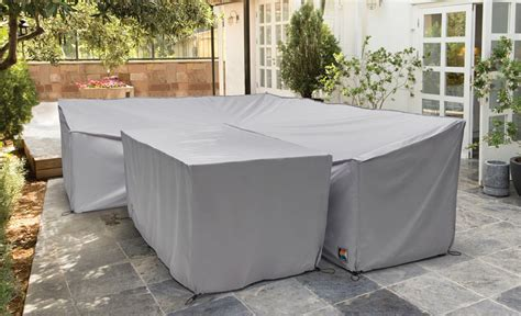 Cover Metal Garden Furniture To Extend It S Life Outdoor Patio Furniture Covers