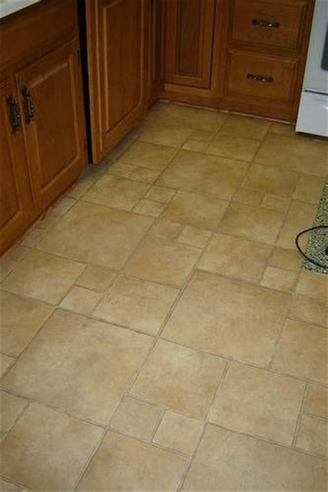 best thing to use to clean linoleum or vinyl flooring cleaning pinterest vinyls flooring