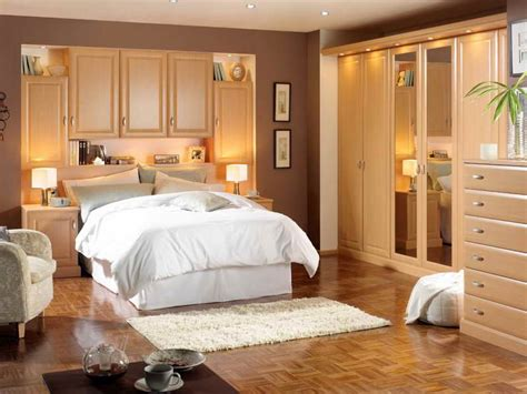 how to decorate your bedroom romantic bedroom how to decorate your bedroom romantic with wood furniture small carpet how