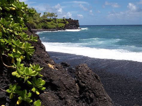 black sand beach maui pinterest discover and save creative ideas