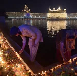 mumbai india photos diwali 2016 hindu devotees