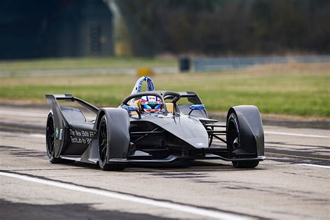 Mercedes Formula E 2019 by Mercedes And Porsche To Race In Formula E Starting