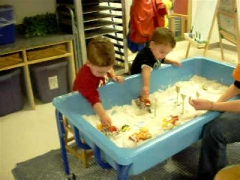 dec 13 09 twins at children s museum playing in sensory